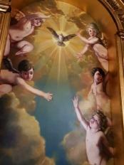 Decoración pictórica de la hornacina del altar de San José de la Macarena