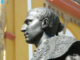 Monumento a Joselito el Gallo de la Macarena // Carlos Iglesia