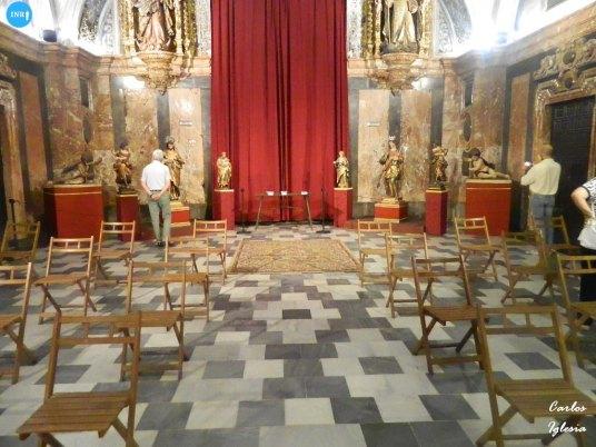 Tallas del retablo de la Virgen del Amparo // Carlos Iglesia