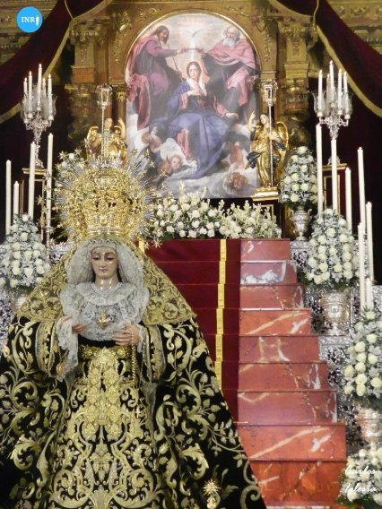 Veneración a la Virgen de la Soledad de Alcalá del Río // Carlos Iglesia