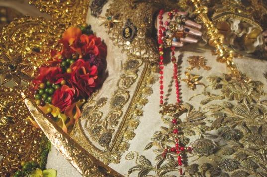 Virgen del Rocío con el traje de los Montpensier