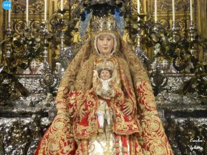 Veneración de la Virgen de los Reyes // Carlos Iglesia